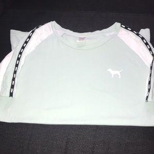 PINK Victoria's Secret t shirt